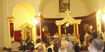 Christian iraki praying
