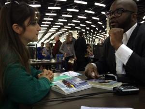 FBradley Roland interviewé par Amra de la rédaction vaudoise de Voix d'Exils. Photo: Voix d'Exils.