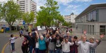 Activités intergénérationnelles organisées par l'association « Connexion Bellevaux » en 2014. Photo: PSVD.