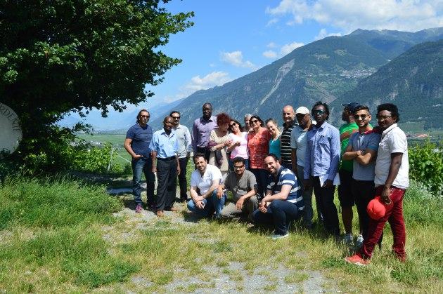 Photo de groupe de la rédaction intercantonale de Voix d'Exils à la Vigne à Farinet. Photo: Voix d'Exils.