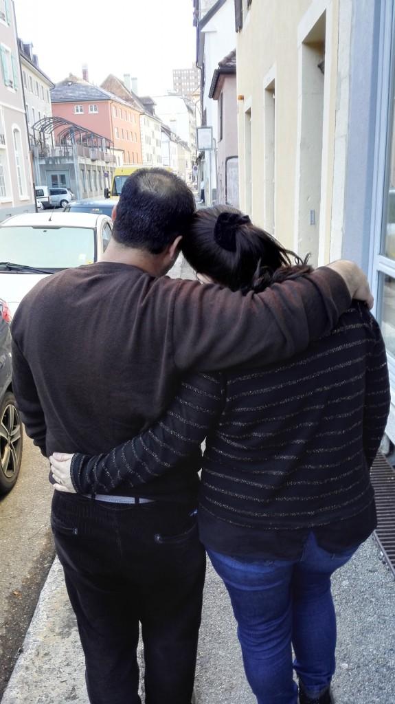 Avin Anes et son mari. Photo: rédaction neuchâteloise de Voix d'Exils