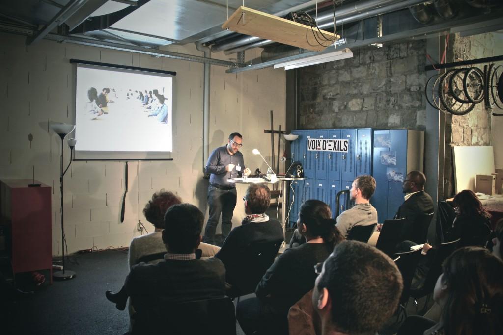Omar Odermatt présente le nouveau site d'information.